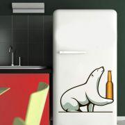 Adesivo de Geladeira Urso Polar Segurando Cerveja