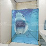 Adesivo de Box Tubarão com Boca Aberta