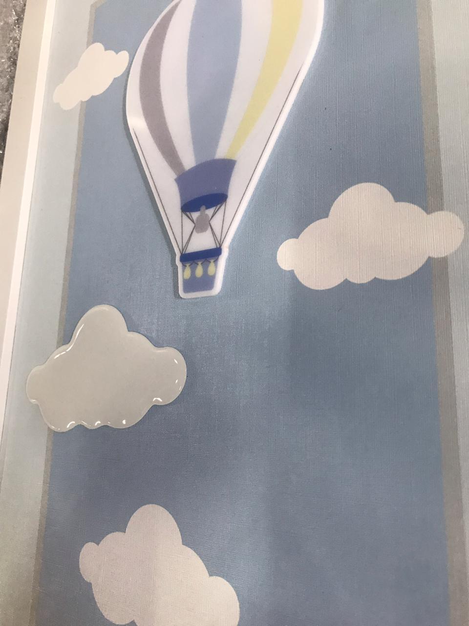 Quadro Infantil 3D Nuvens e Balões Azuis