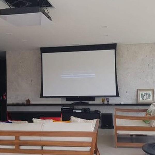 Tela de Projeção Elétrica Tensionada Matte White 120'' Formato Widescreen 16:9 com Controle Remoto