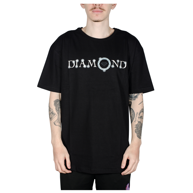 Camiseta Diamond Pendant Tee Preta