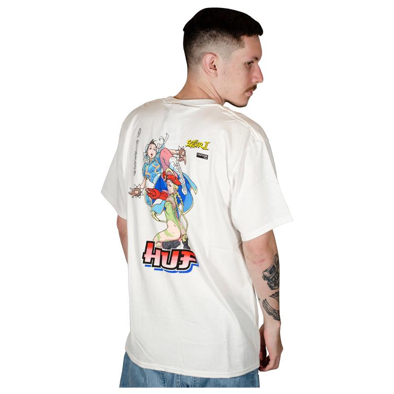 Camiseta Huf X Street Fighter II Chun-Li e Cammy Branca