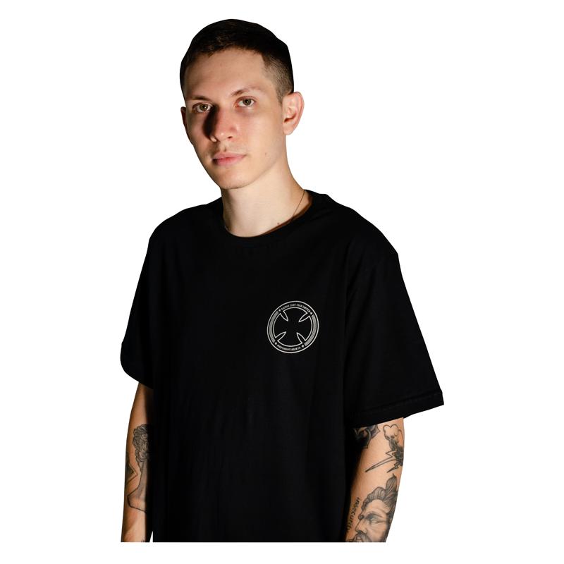 Camiseta Independent FTS Skull Preta