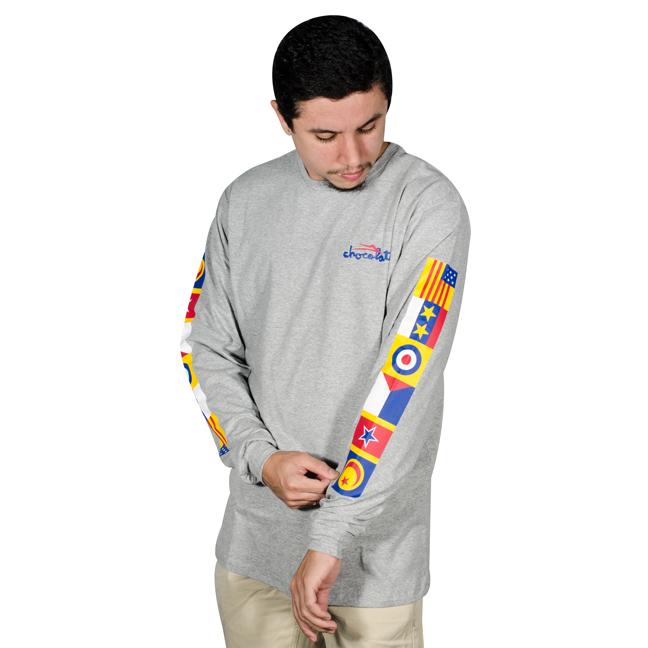 Camiseta Lakai X Chocolate Flags Manga Longa Mescla Cinza