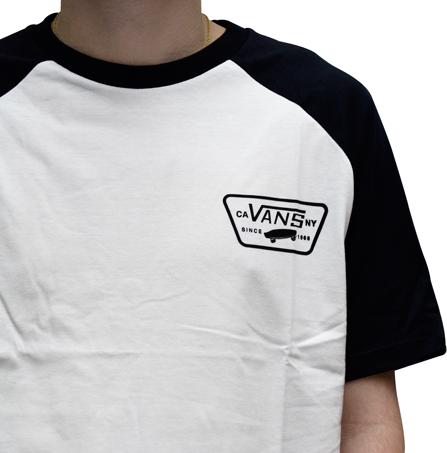 Camiseta Vans Raglan Full Patch Branca