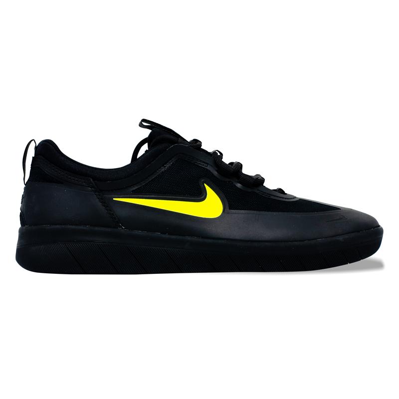 Tênis Nike SB Nyjah Free 2.0 Preto Total