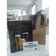 Kit com Vale Curso de Cerveja Artesanal + Livro Larousse da Cerveja