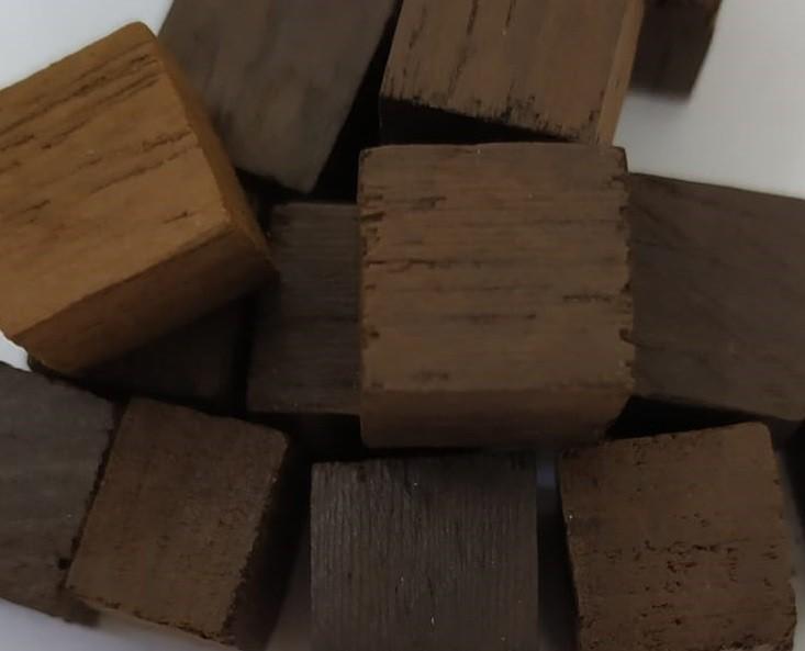 Cubos de Madeira Eucalipto - 10g