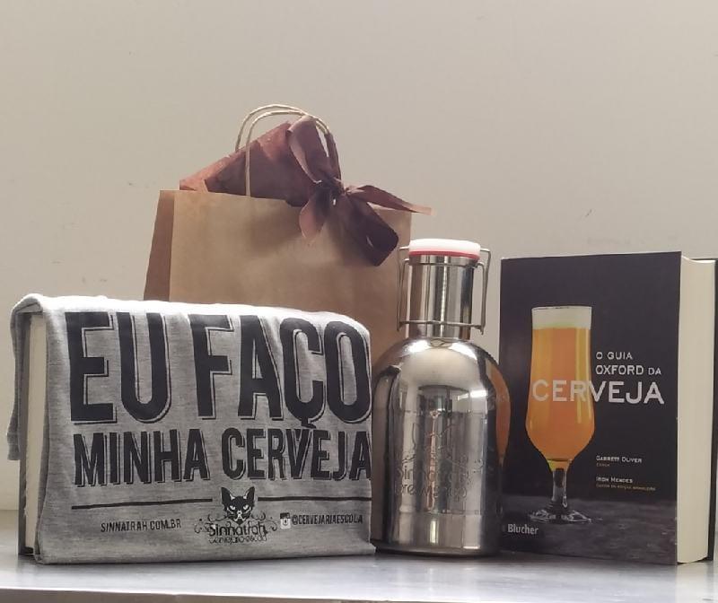 """Kit Growler Inox 2l + Livro O Guia Oxford da Cerveja + Camiseta com estampa """"Eu Faço Minha Cerveja"""""""