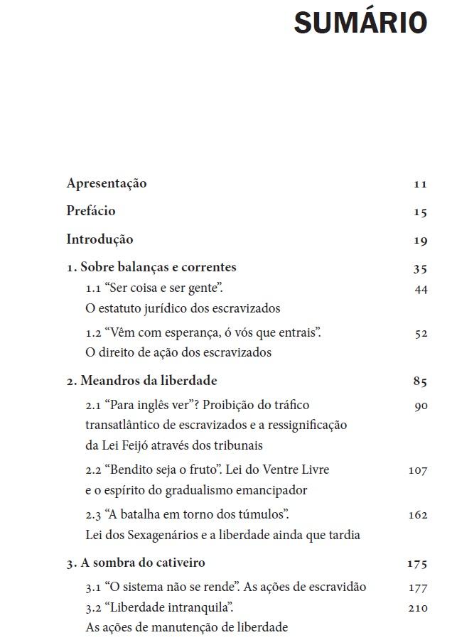 Entre togas e grilhões, de Victor Hugo Siqueira