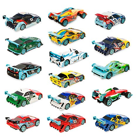 Disney Store Carros Ultimate Ice Racing Die Cast Gift Set  - Movie Freaks Collectibles