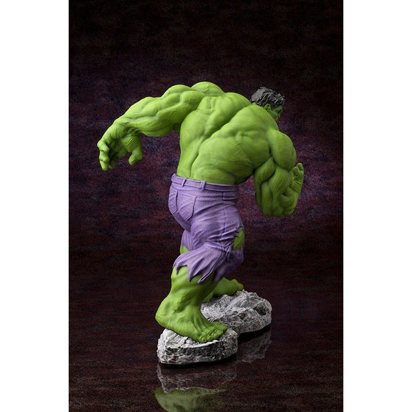 Kotobukiya Marvel Hulk Classic Avengers Fine Art Statue  - Movie Freaks Collectibles