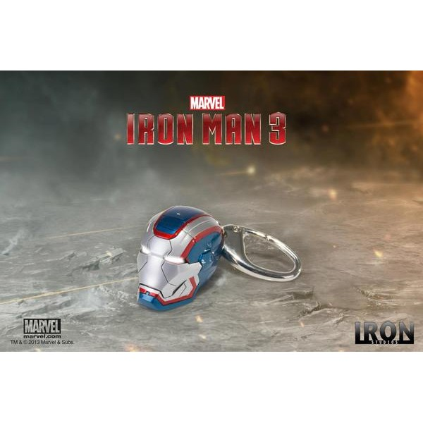 Chaveiro Capacete Iron Patriot - HELMET KEYCHAIN IRON PATRIOT  - Movie Freaks Collectibles