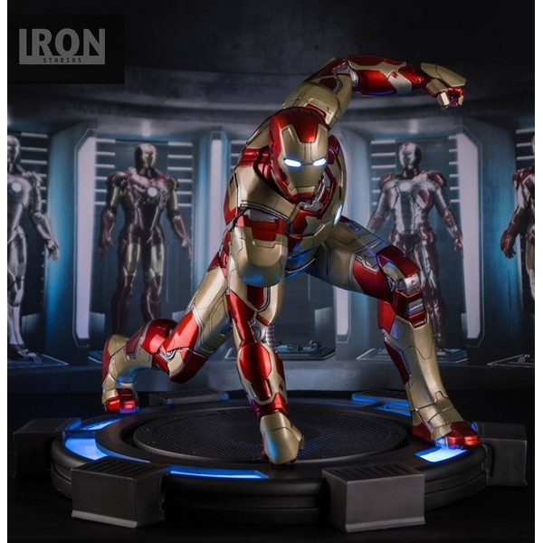 Iron Studios Homem de Ferro Mark XLII Premium Format- Iron Man Mark XLII Premium Format  - Movie Freaks Collectibles