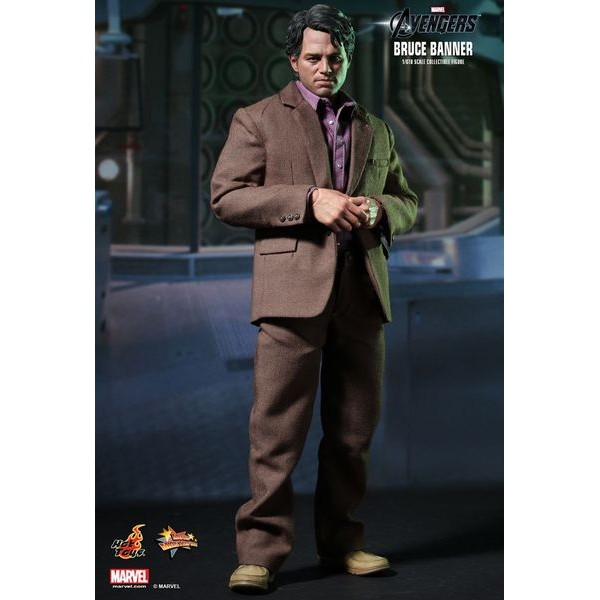 Hot Toys Bruce Banner - Hulk - Mark Ruffalo  - Movie Freaks Collectibles