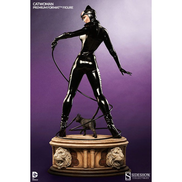 Sideshow Catwoman / Mulher Gato Premium Format - DC Comics  - Movie Freaks Collectibles