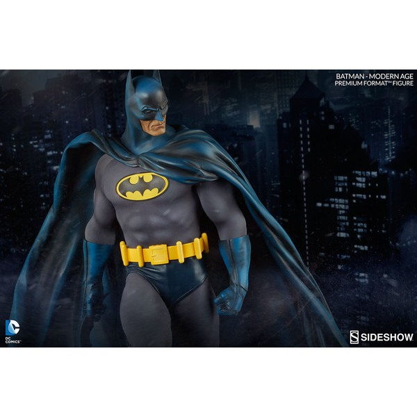 Sideshow Batman Premium Format  Modern Age  - Movie Freaks Collectibles