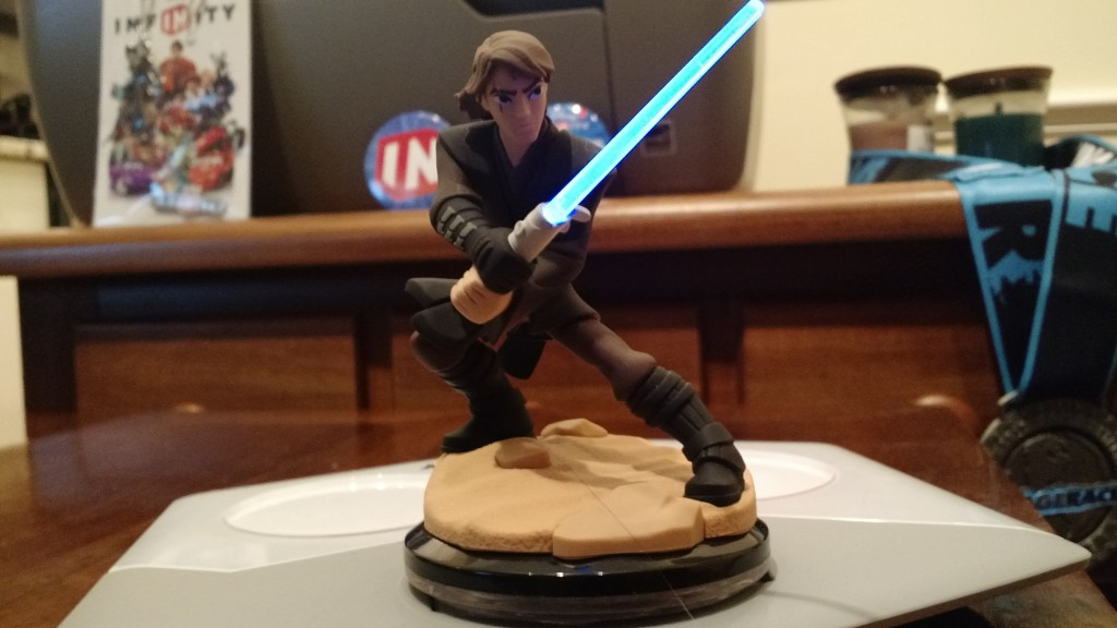 Disney Infinity 3.0 : Star Wars Anakin Skywalker Light FX Figure - Movie Freaks Collectibles