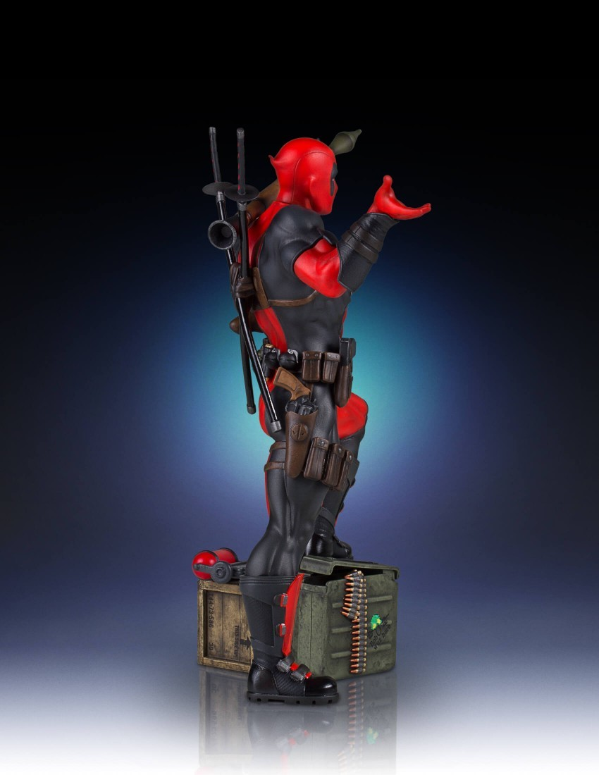 GENTLE GIANT MARVEL DEADPOOL COLLECTORS GALLERY 1/8 SCALE STATUE - Movie Freaks Collectibles