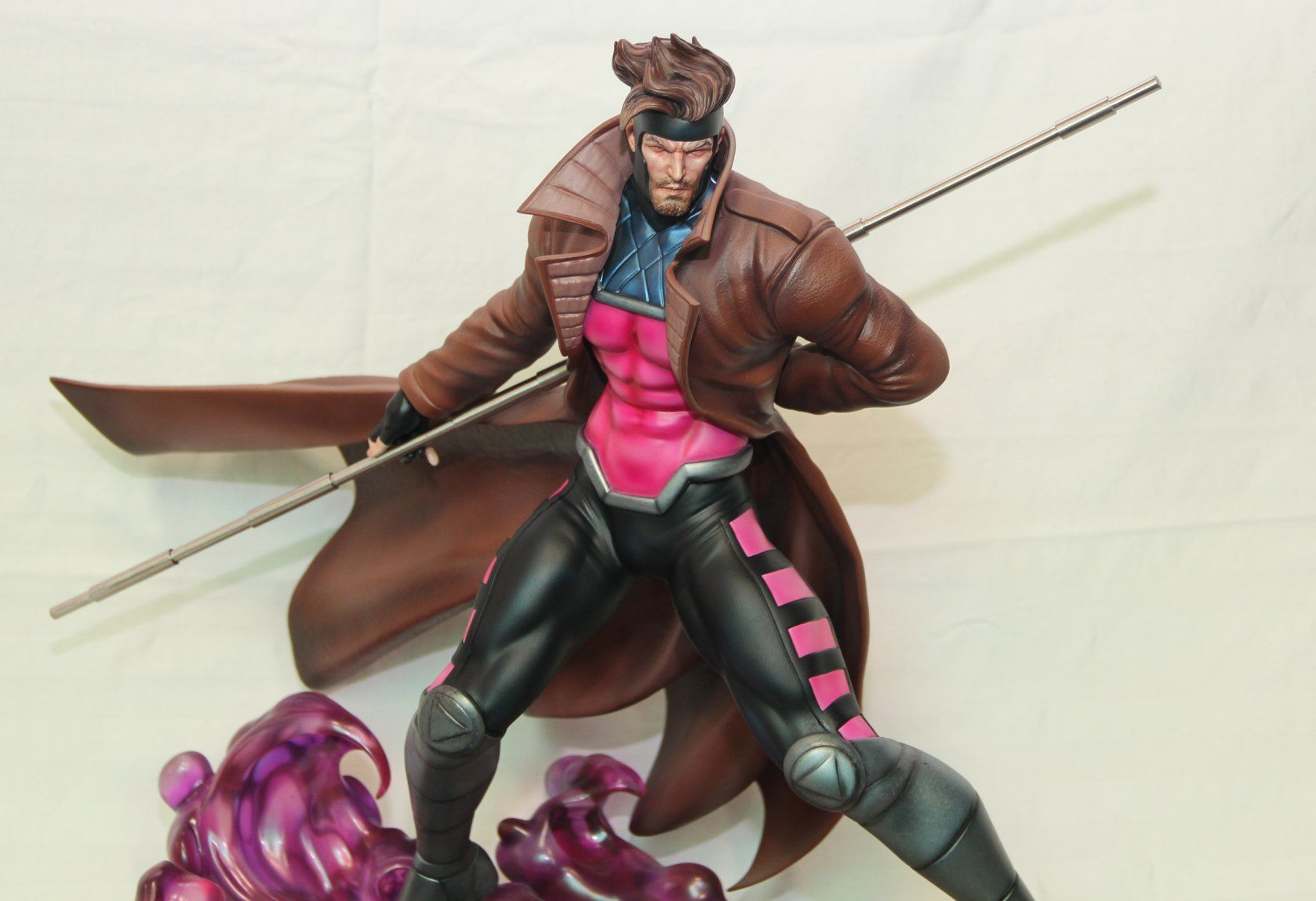 Marvel Vs Capcom Gambit Statue 1/4 Scale - X-men - Translucent base  - Movie Freaks Collectibles