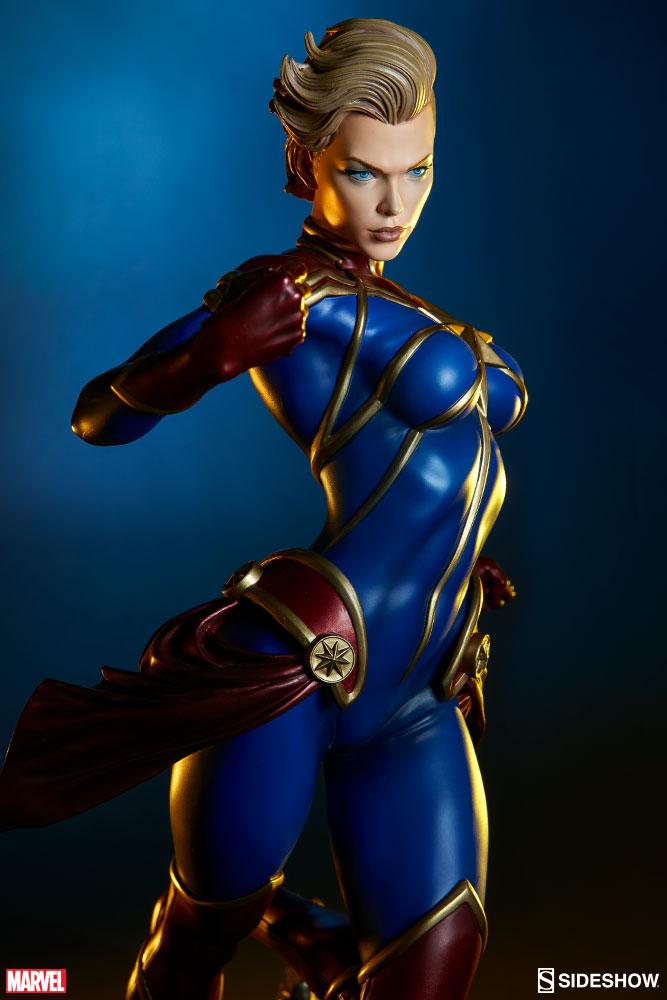Sideshow Captain Marvel Premium Format™ EXclusive Figure   - Movie Freaks Collectibles