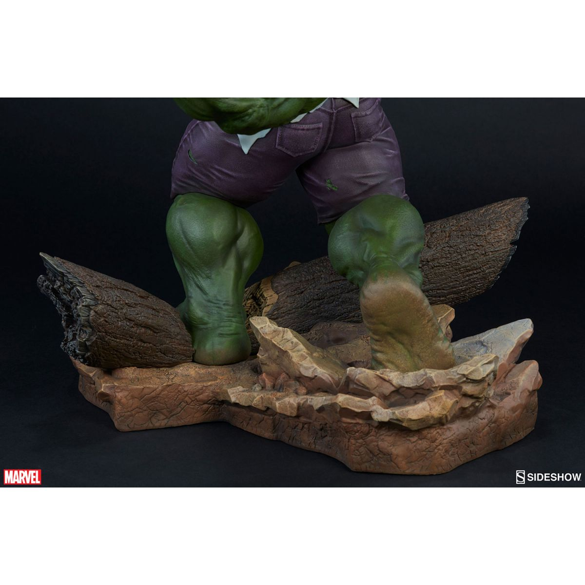 Sideshow Hulk and Wolverine Maquette  - Movie Freaks Collectibles