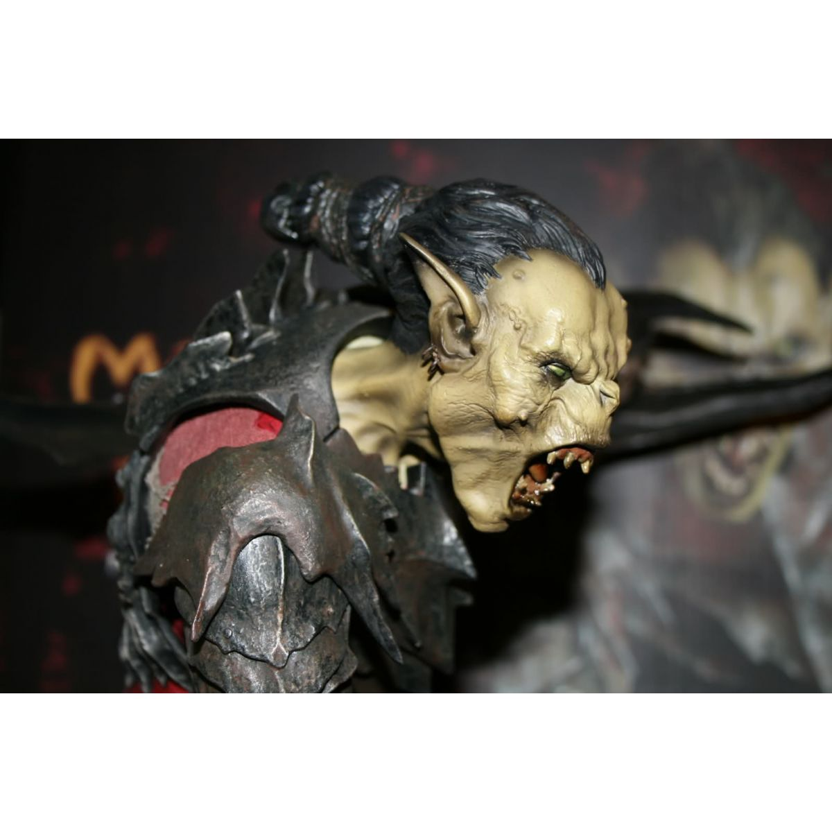 Sideshow Moria Orc Premium Format - No Brasil!  - Movie Freaks Collectibles