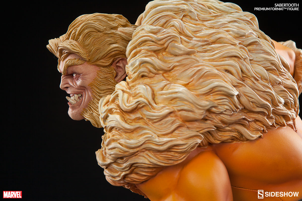 Sideshow Sabretooth Premium Format EXclusive  - Movie Freaks Collectibles