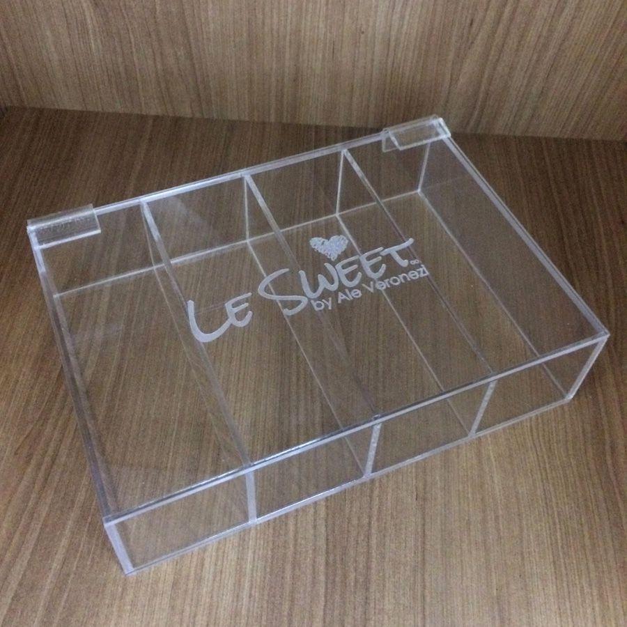 Expositor para Macarons - 4 divisórias - 21 x 15 x 5 cm