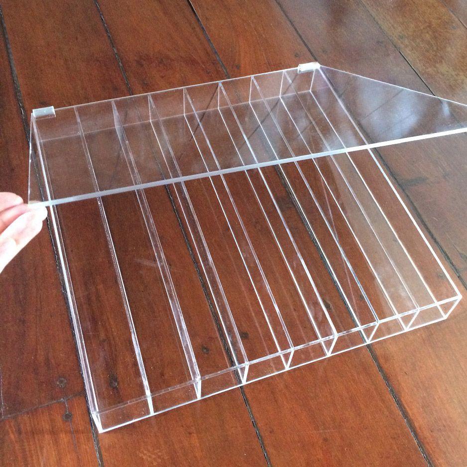 Expositor para Macarons - 8 divisórias - 40 x 40 x 5 cm