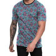 Camiseta Azul Ciano e Flores Rosas
