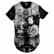 Camiseta Swag Caveira com Flor e Relógio Retrô Street Wear