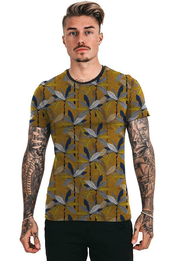 Camiseta Amarela Mostarda Folhas Tropicais