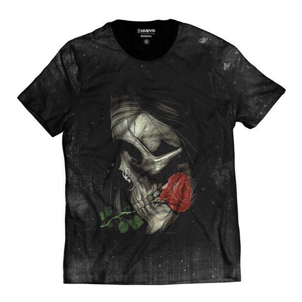 Camiseta Caveira Swag com Rosa