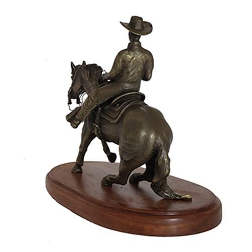 Escultura Cavalo Rédeas