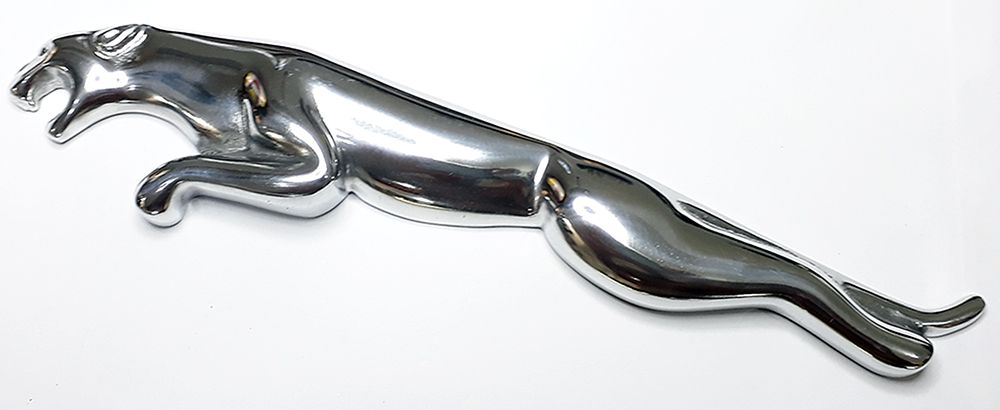 Jaguar em alumínio