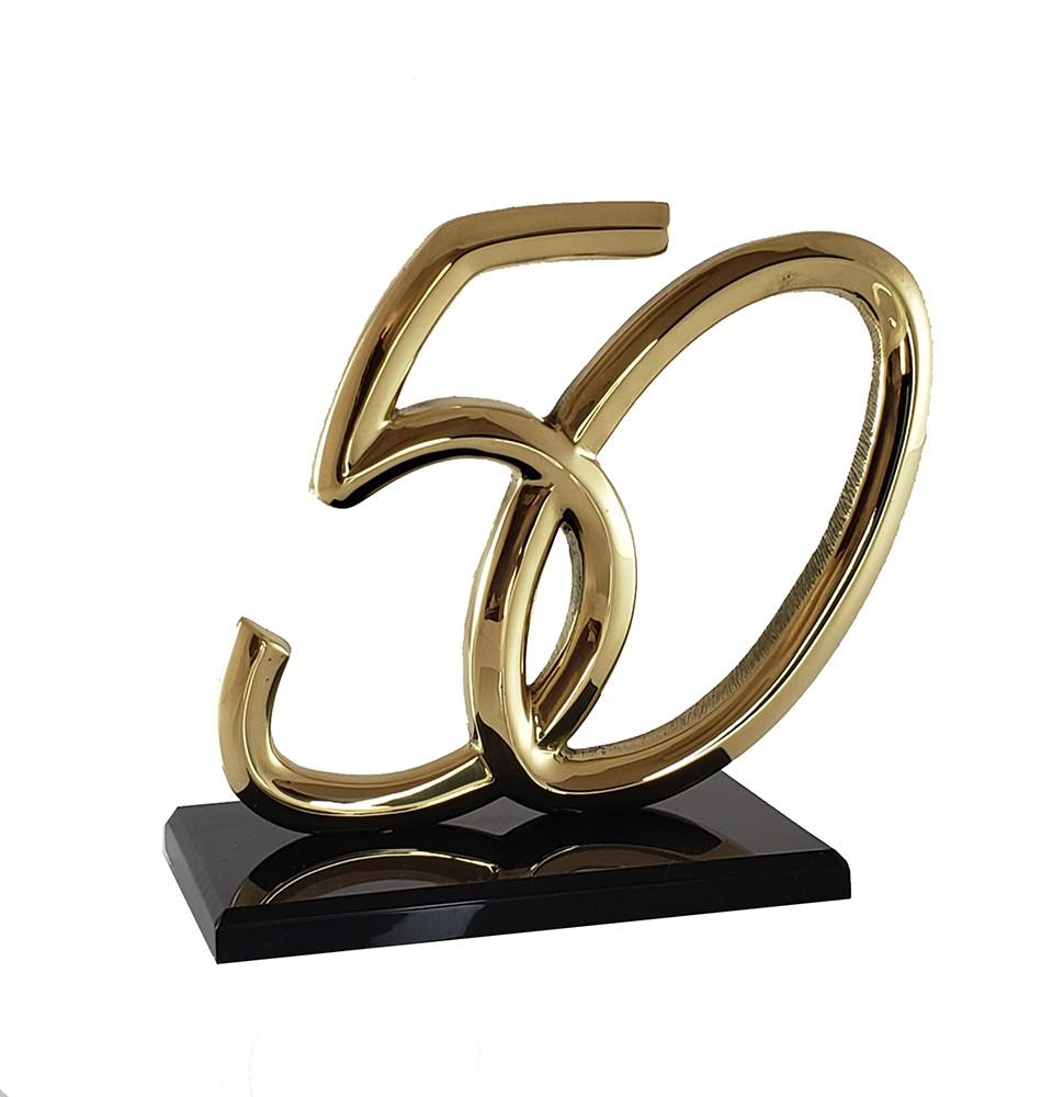 50 em bronze