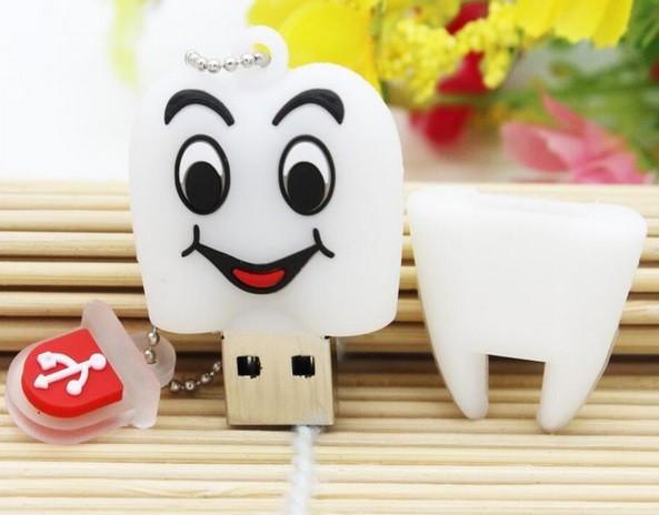 Pen Drive - Dente - Sorriso - 16GB