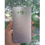 Capa Samsung Galaxy A7 Alumínio Prateada SM-A710M