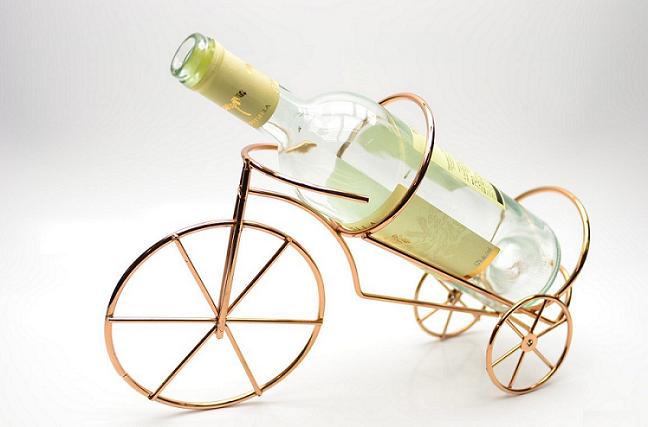 Porta Garrafa de Vinho Aramado Acobreado Formato Bicicleta
