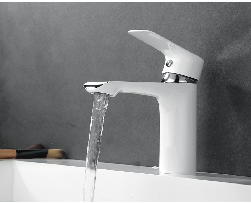 Torneira Design Branca Cromada Banheiro Lavabo Luxo Monocomando