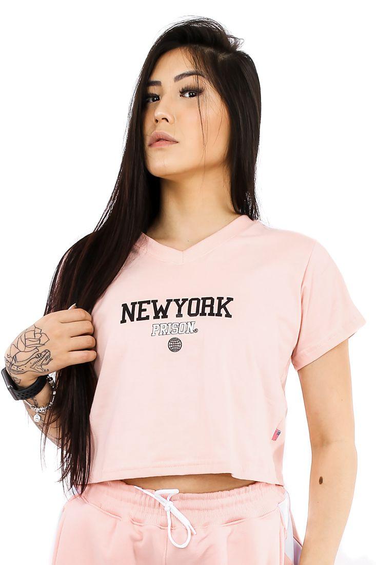 Camiseta Cropped Prison New York Track Salmon Feminina