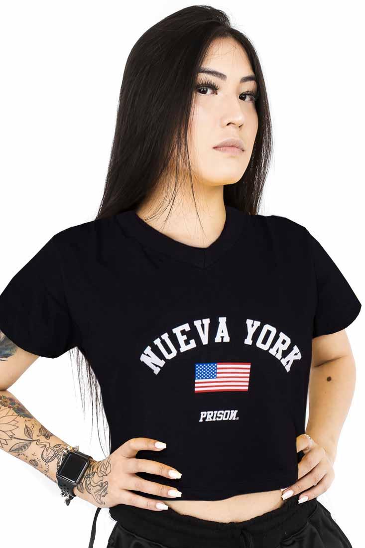 Camiseta Cropped Prison Feminina Nueva York Preta
