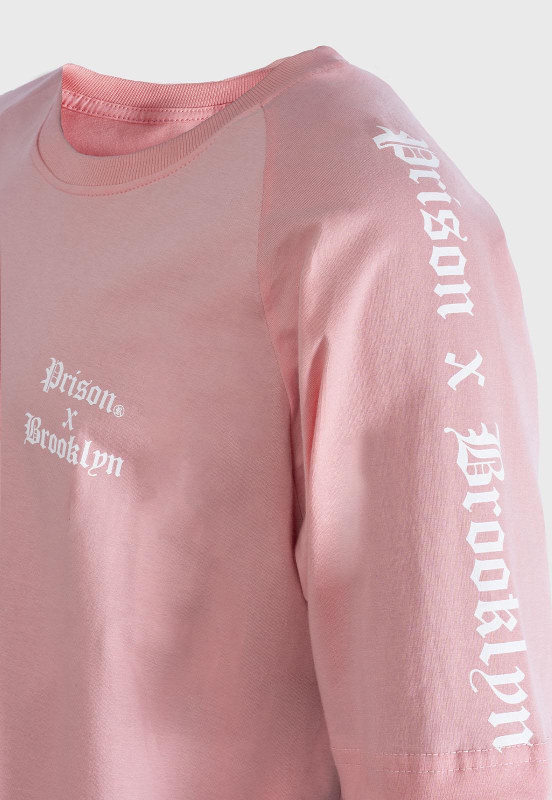 Camiseta Prison Raglan Brooklyn Rosa