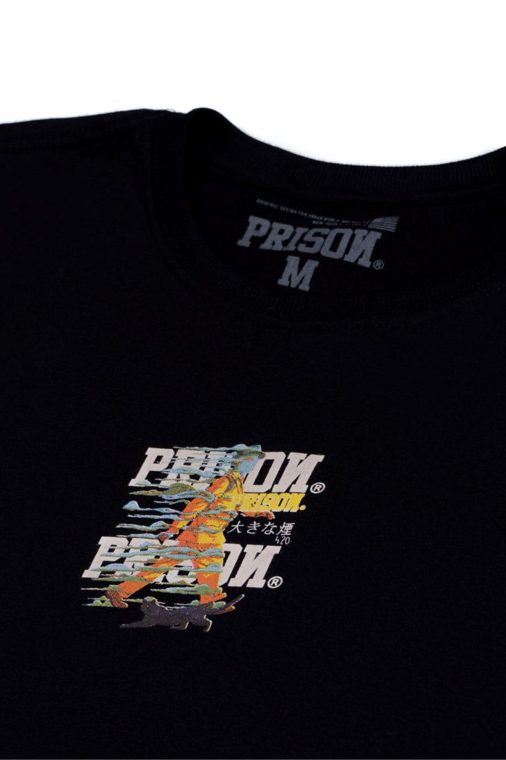 Camiseta Prison Smoke Walk Preta