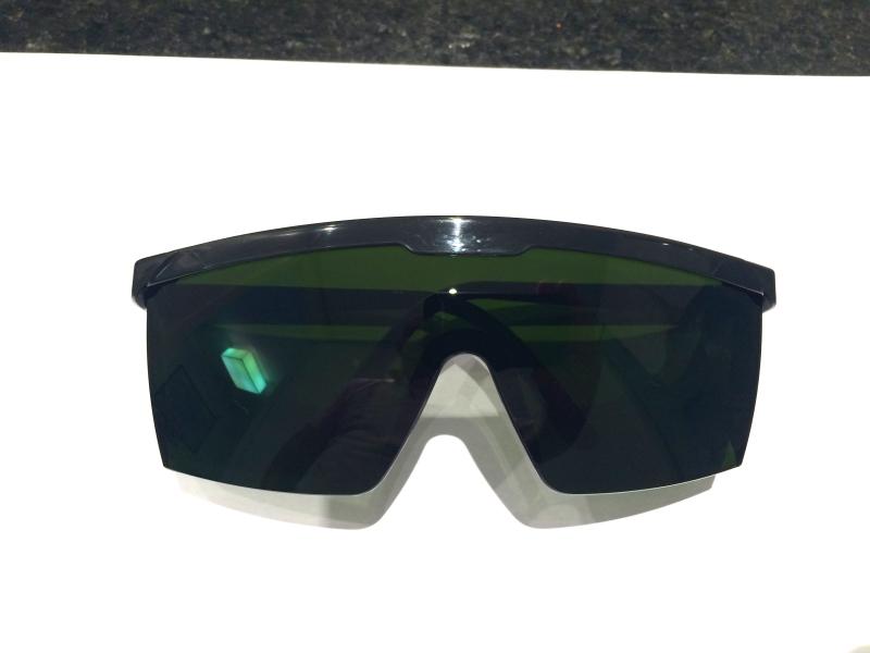 Oculos de proteçao contra raio laser e luz pulsada IPL - Majestic Oculos 961688d56c
