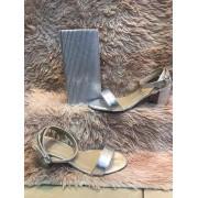 Sandália crocodilo metalizado