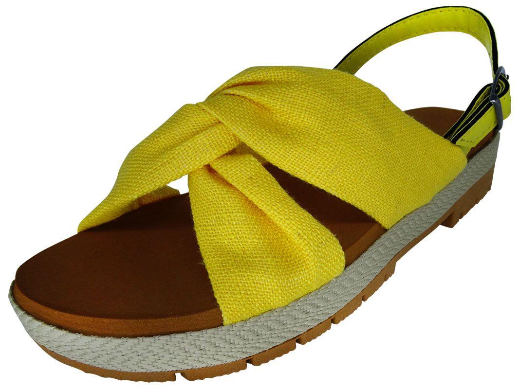 Sandália anabela baixa de pano