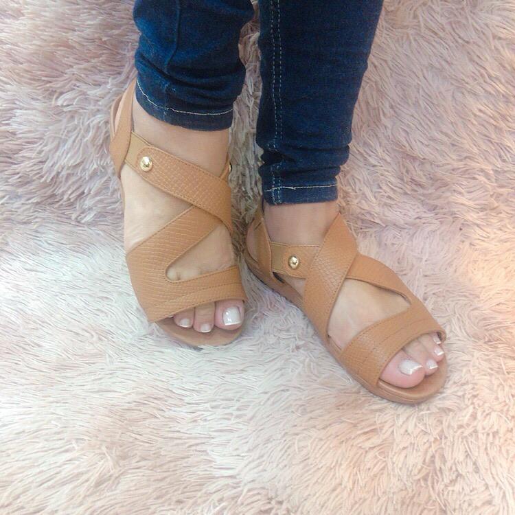 Sandália comfort craquelê