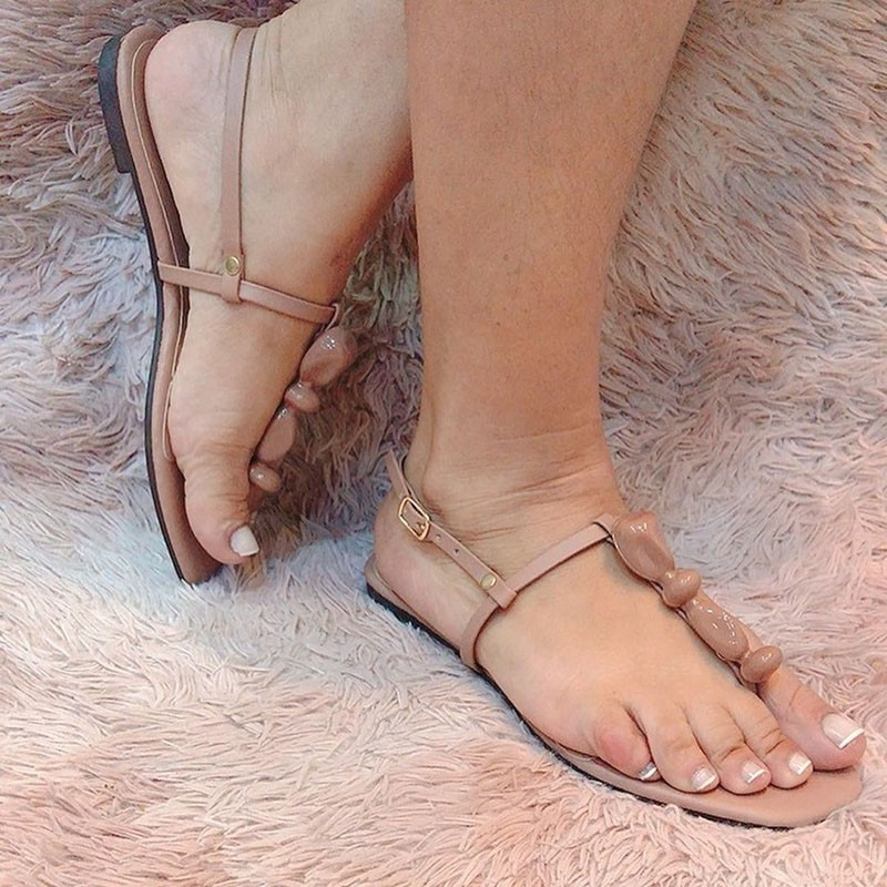 Sandália rasteira tira fina